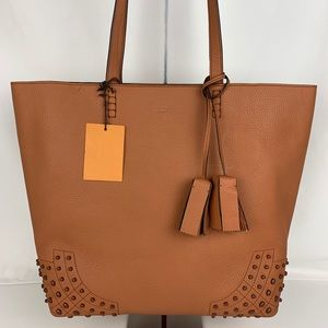 New Tod's Wave Italian Leather Tan Shopper Tote